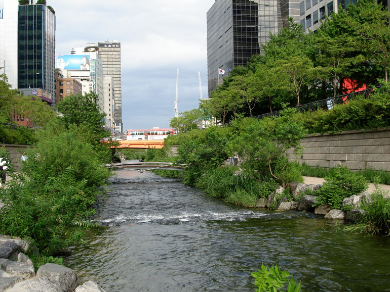 Cheonggyecheon-08