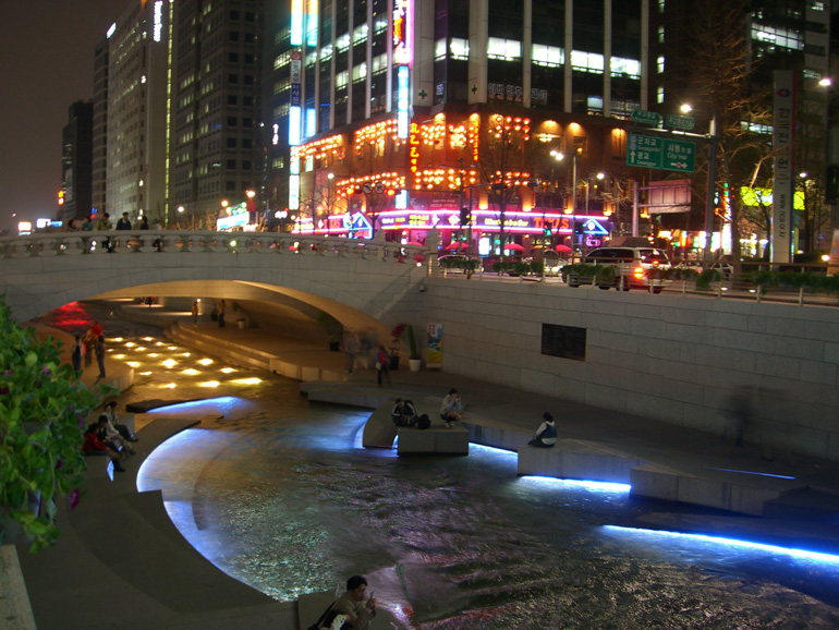 Cheonggyecheon-23