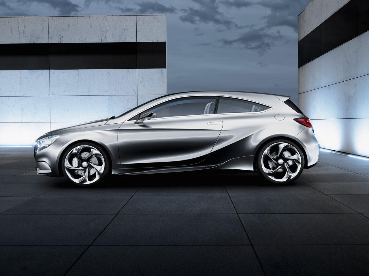09_Mercedes-Benz-Concept-A-Class-07